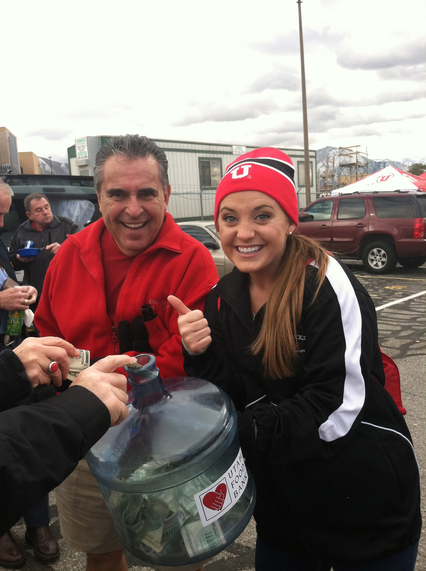 Utah fan, Manny Martinez and Student Alumni Board member, Sarah Hammer.