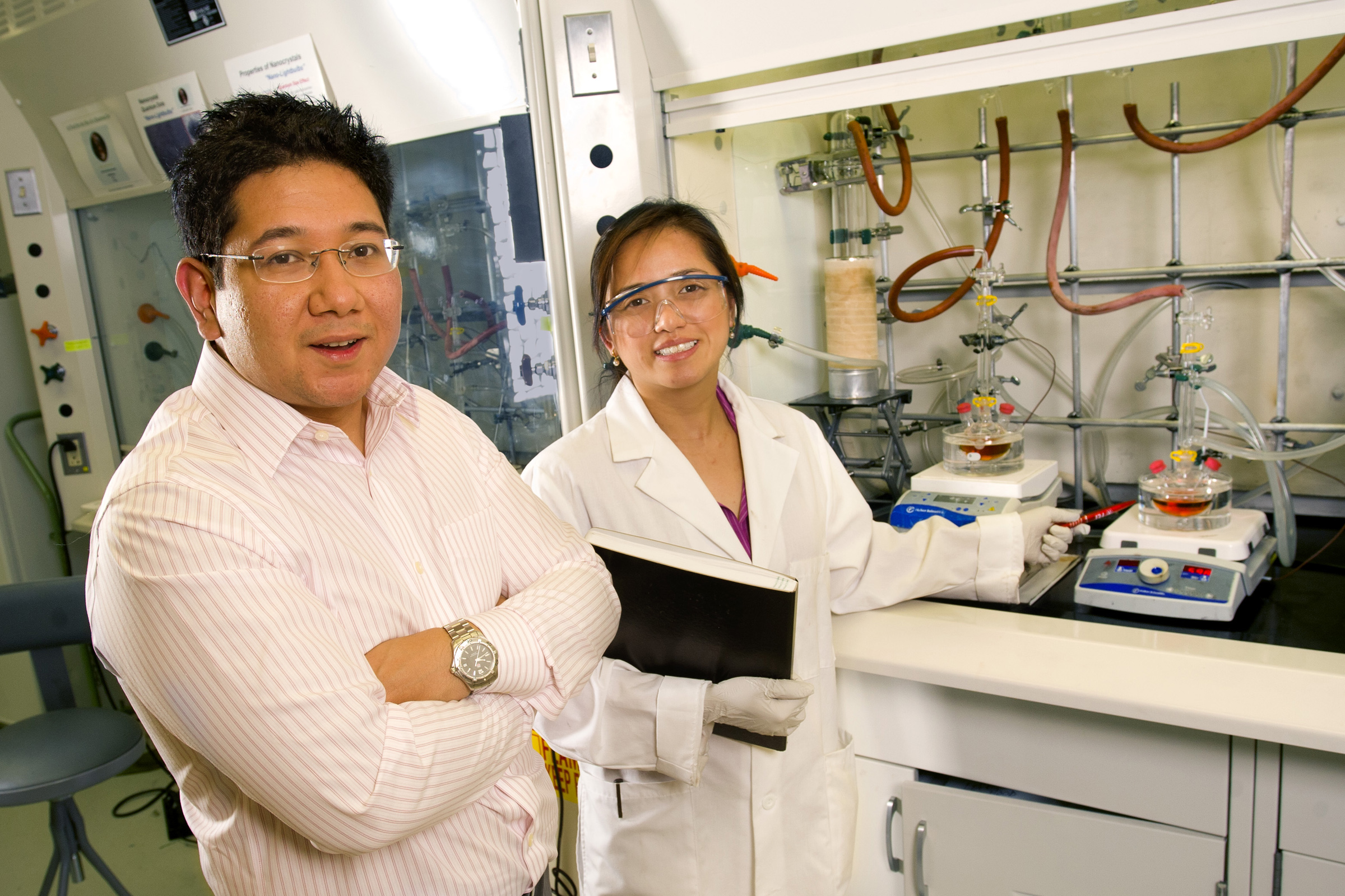 Navillum was co-founded by Jacqueline Siy-Ronquillo, a postdoctoral fellow in the Department of Chemistry, and Nikko Ronquillo, M.D./Ph.D. student.