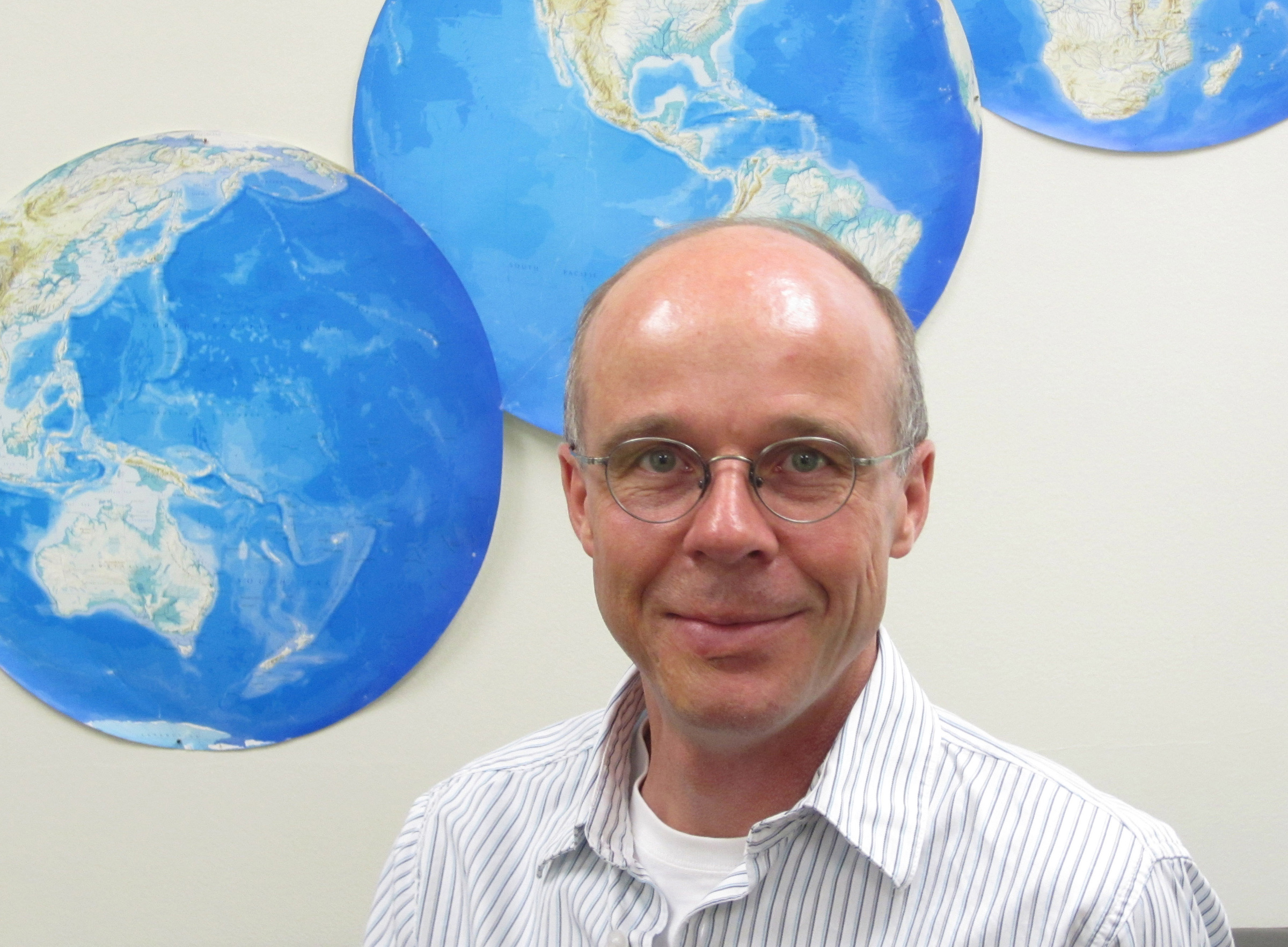 Thomas Reichler, a University of Utah atmospheric scientist, led a new study showing that changes in winds 15- to 30-miles high in the stratosphere can influence seawater circulation a mile or more deep in the ocean. He says this effect should be taken into account in forecasting climate change distinct from global warming.