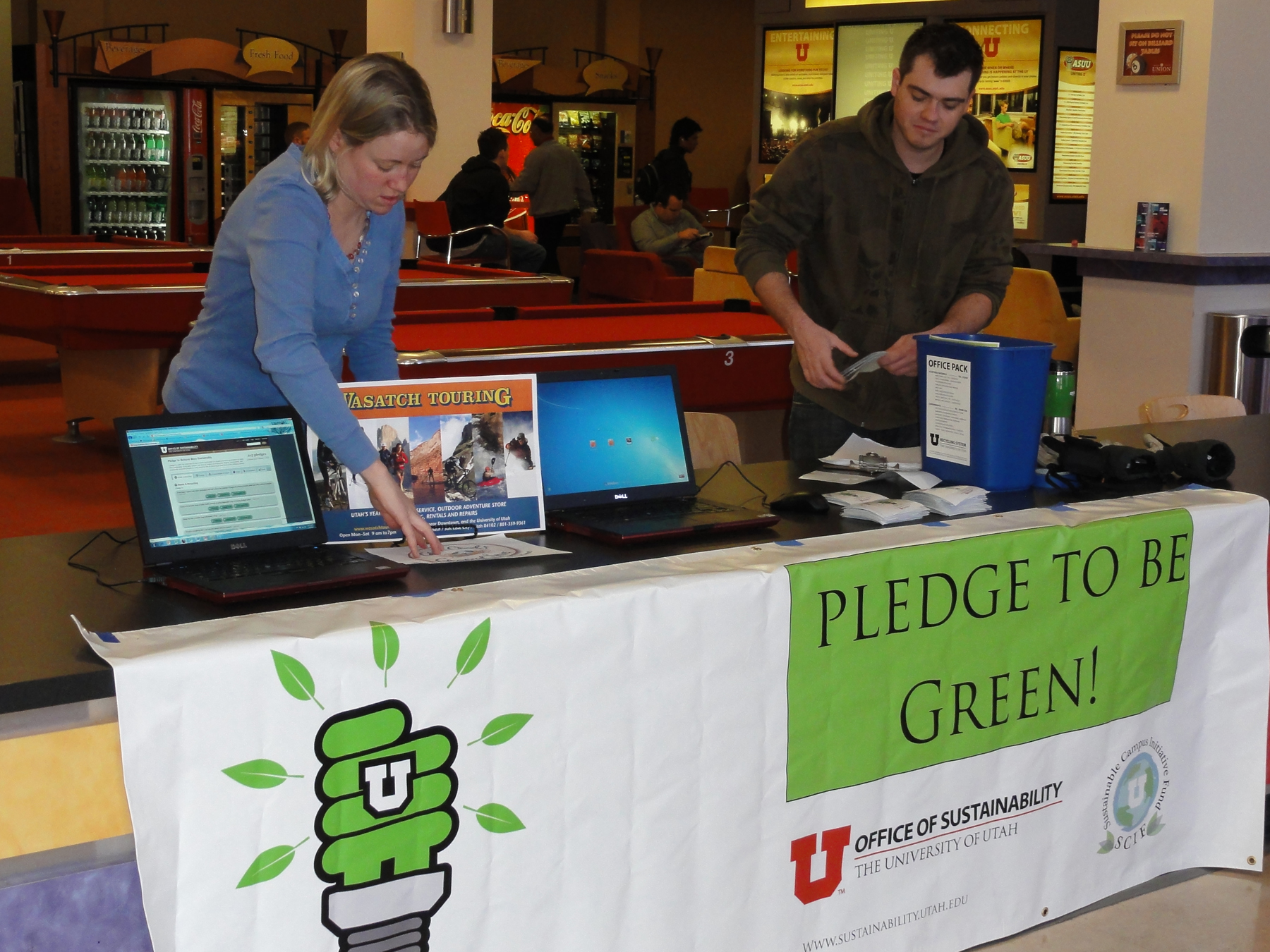 Volunteers at the table for the Office of Sustainability