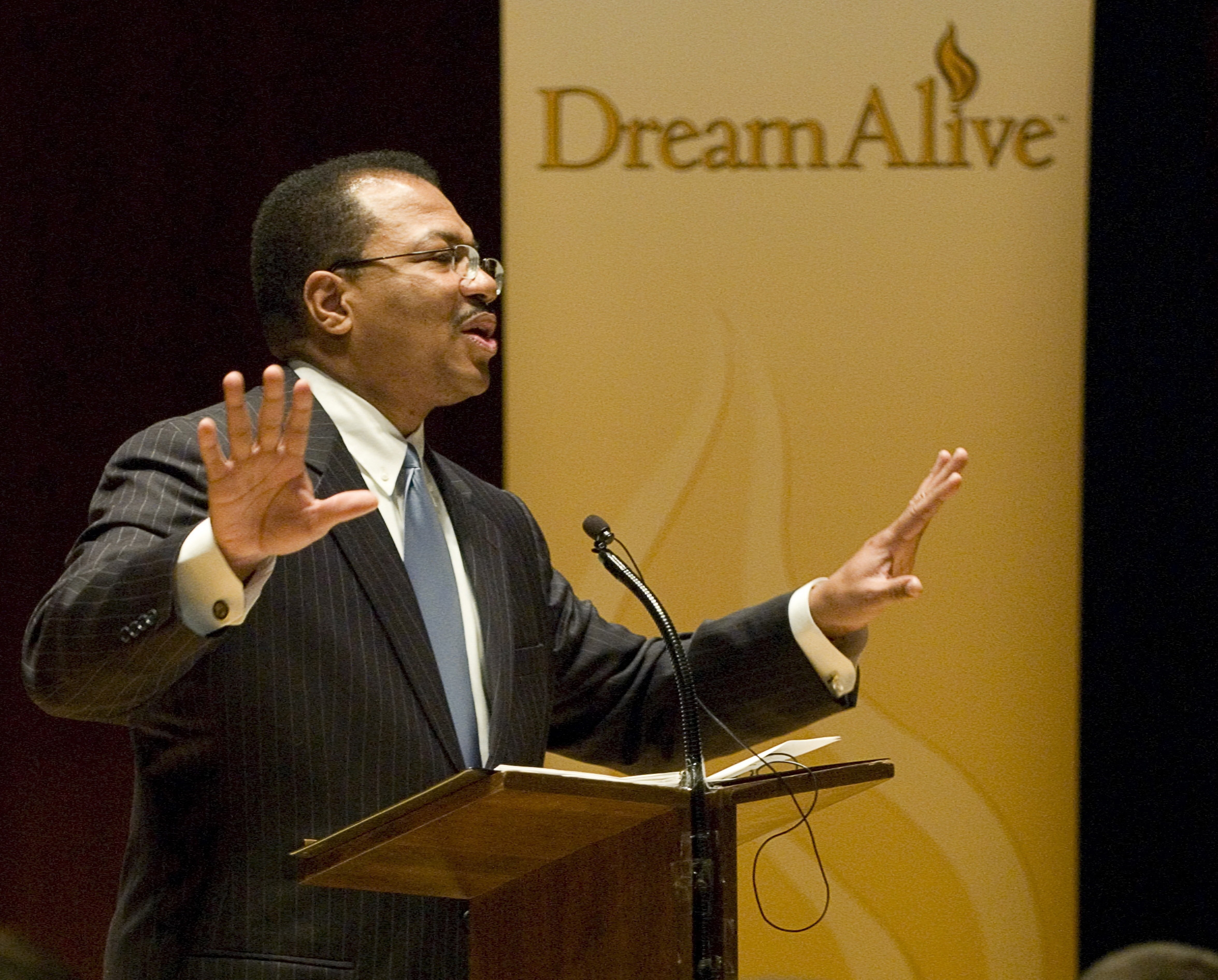 """Joe Rogers, Former Lt. Governor of Colorado and developer of """"The Dream Alive Program,"""" will deliver a keynote address on Jan. 19 at noon, Kingsbury Hall. Dream Alive is an incredible live commentary by Joe Rogers, former Lt. Governor of Colorado, dedicated to the memory and legacy of Dr. Martin Luther King, Jr. and the leaders of the Civil Rights Movement."""