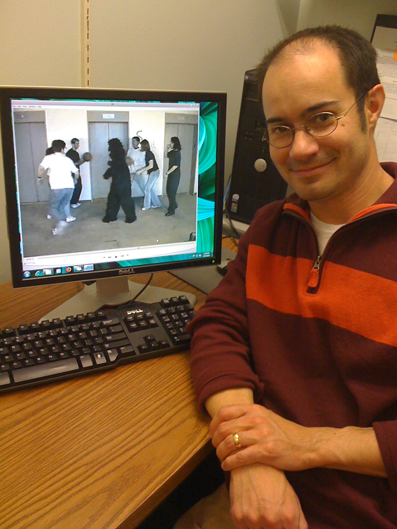 """University of Utah psychologist Jason Watson displays a famous video showing people passing a basketball while a person in a gorilla suit walks across the screen. When unsuspecting viewers were asked to count how many times the basketball is passed, more than 40 percent failed to see the person in the gorilla suit. Watson and his colleagues conducted new research expanding on earlier work by psychologists Christopher Chabris and Daniel Simons -- authors of the 2010 book """"The Invisible Gorilla"""" -- and showing that a better """"working memory capacity"""" explains why 58 percent of people to see the gorilla even if they are focusing on counting basketball passes."""