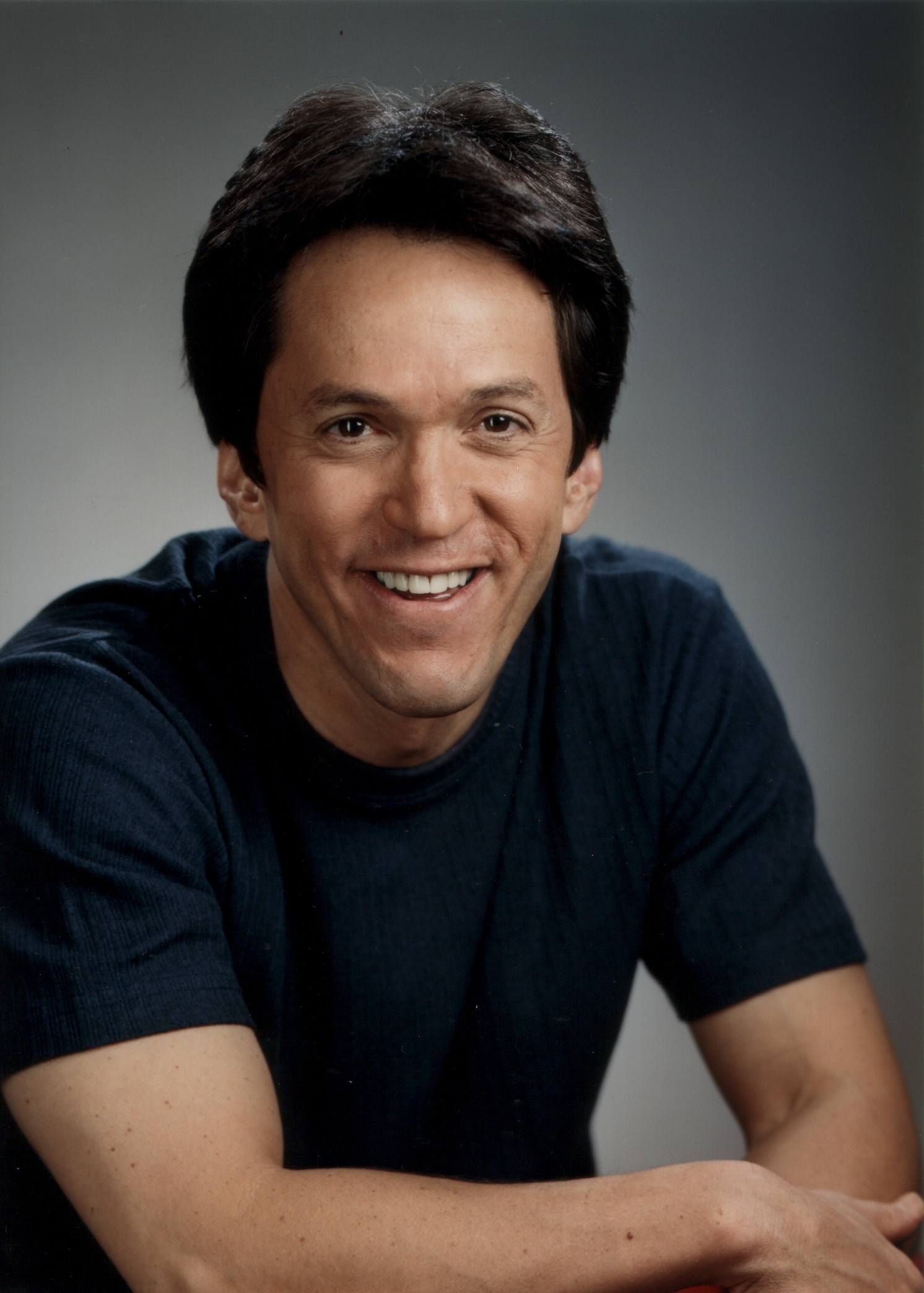 Mitch Albom, celebrated author of Tuesdays with Morrie and The Five People You Meet in Heaven, will deliver the university's general commencement address on Friday, May 6, 2011.