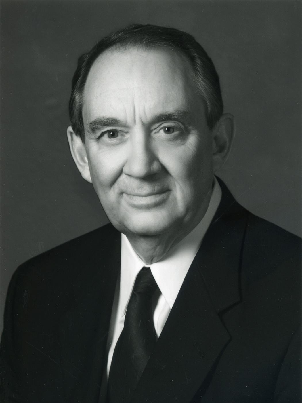 U of U President Michael K. Young, Senator Robert F. Bennett, and Douglas Bennett.