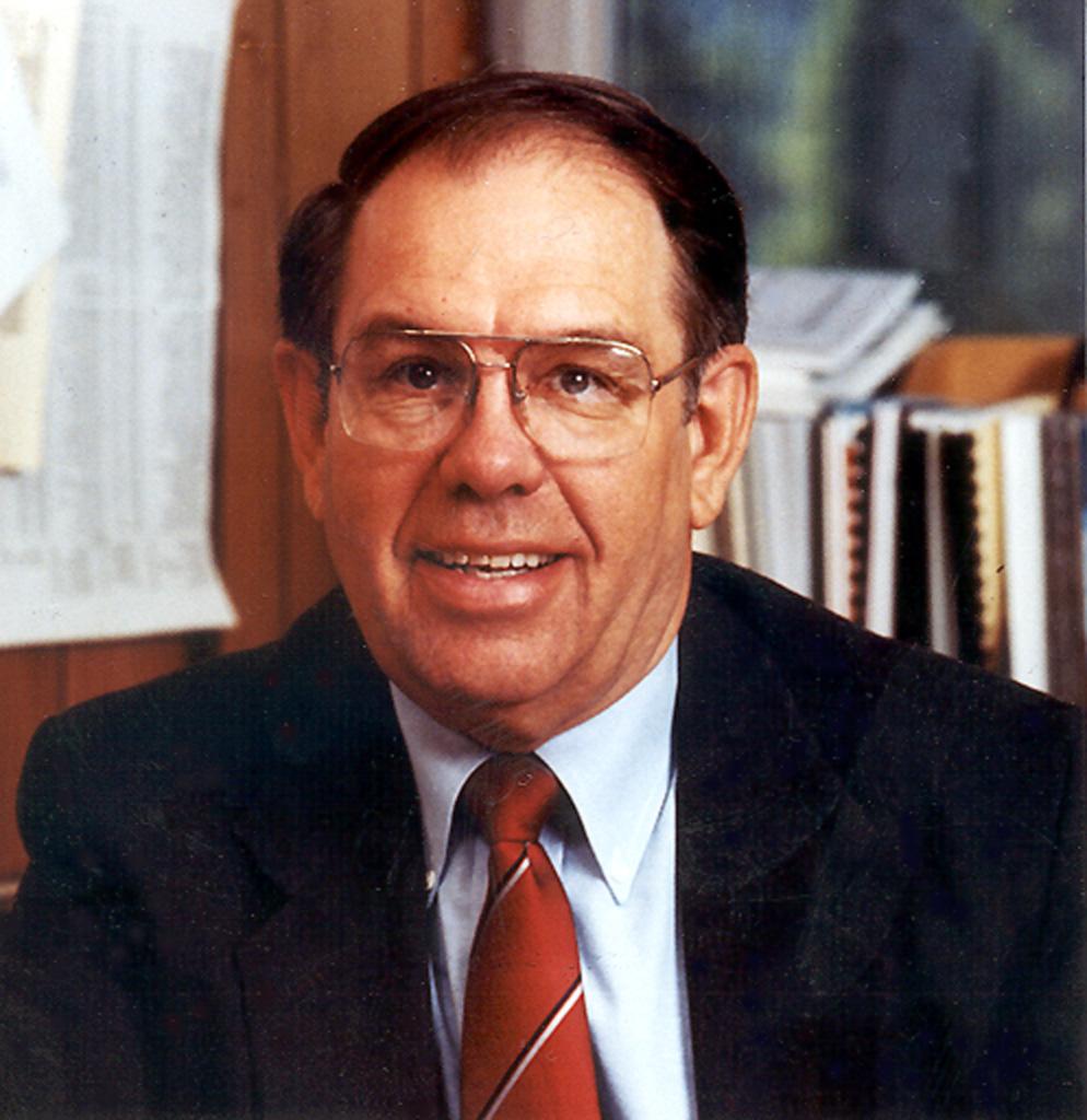 U of U Professor R. Thayne Robson.